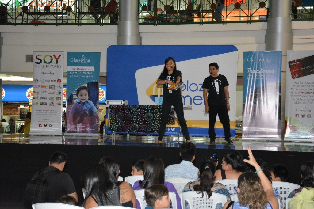 Two of the kids (Jhonatan and Deisy) performing at a big stage show in Santa Tecla, El Salvador