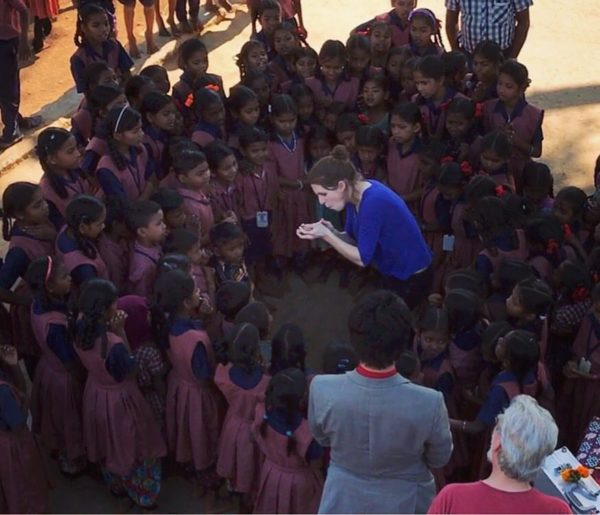 Jen Kramer performing in india with magicianswithoutborders